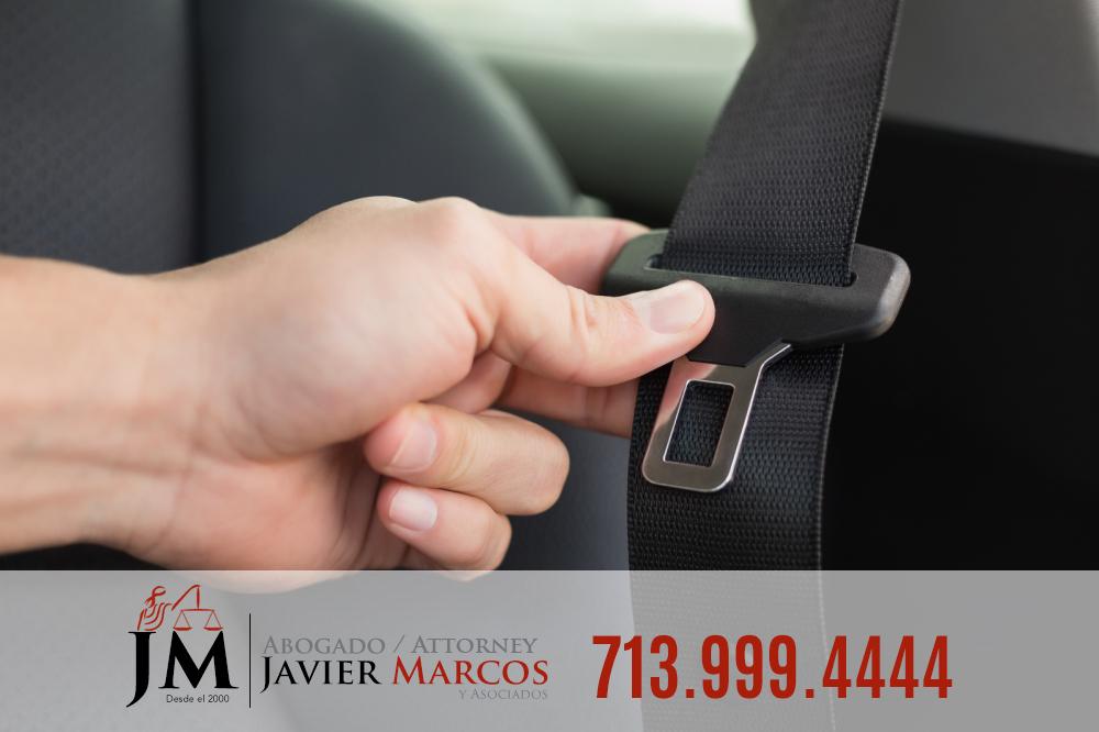 Bolsa de aire y cinto de seguridad | Abogado Javier Marcos | 713.999.4444