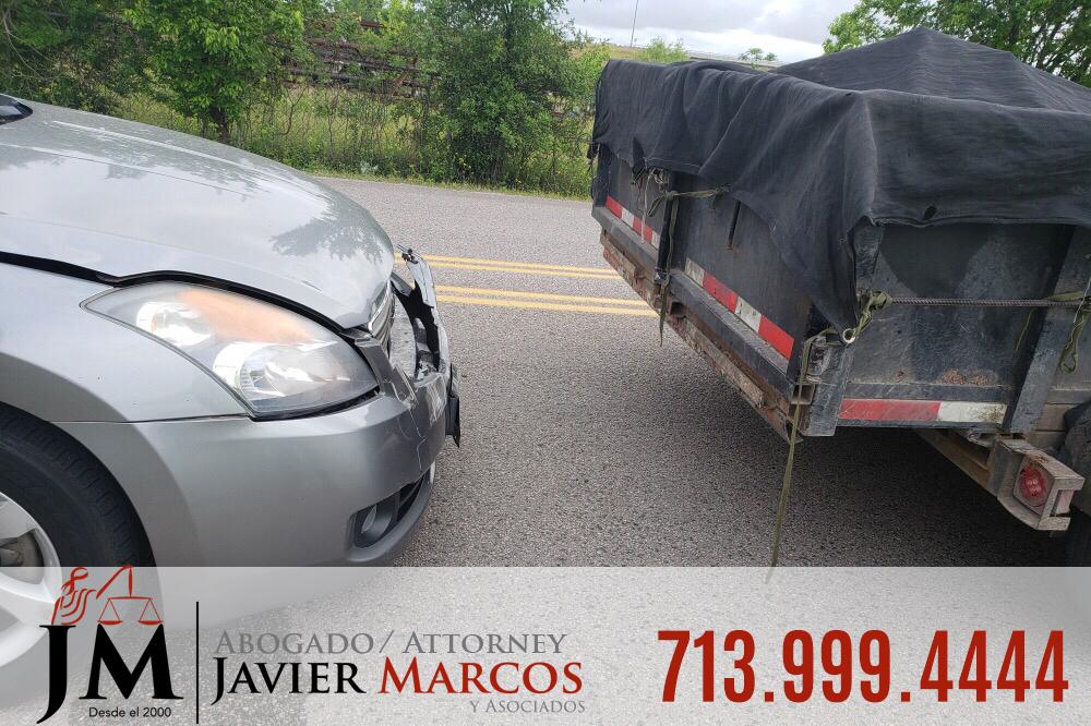 Abogado en Accidentes de Camiones | Abogado Javier Marcos | 713.999.4444