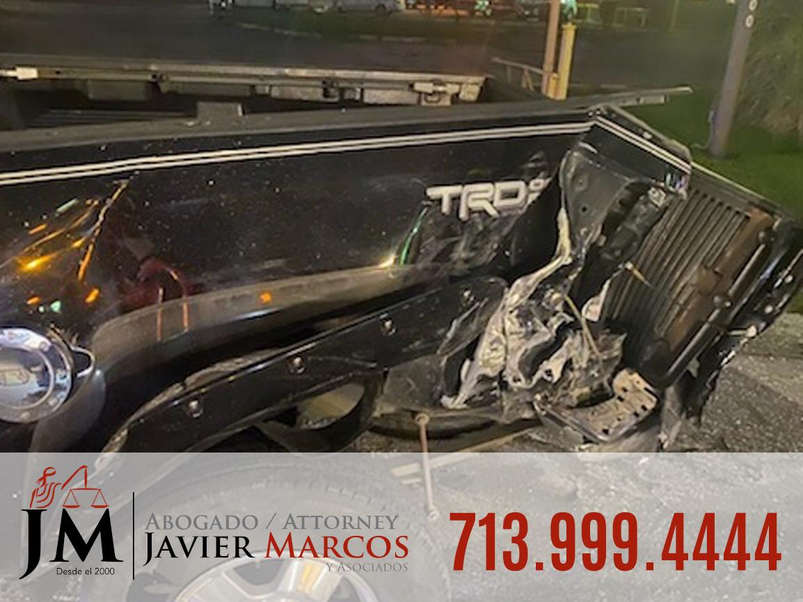 Abogado de Accidentes de Hit and Run   713.999.4444